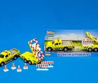 Rijkswaterstaatauto met bebakeningswagen 1