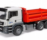 MAN TGS vrachtwagen met kipper 1