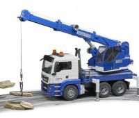 MAN TGS vrachtwagen met hijskraan 1