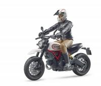 Ducati Scrambler Desert Sled motor 1