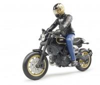 Ducati Scrambler Cafe Racer motor 3