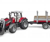 Massey Ferguson 7480 met voorlader, houttrailer en 3 boomstammen 1