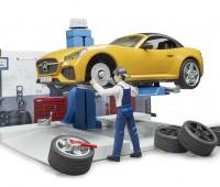 Werkplaats met Roadster 1