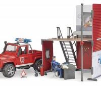 Brandweerauto en brandweerkazerne 3