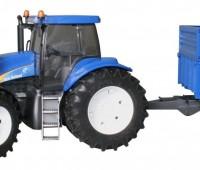 New Holland T8040 met voorlader en aanhanger 1