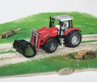 Massey Ferguson 7480 tractor met voorlader 2