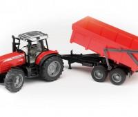 Massey Ferguson tractor met kipper 2