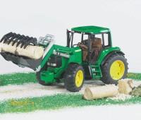 John Deere 6920 tractor met voorlader 1