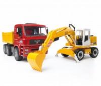 MAN vrachtwagen met Liebherr graafmachine 2