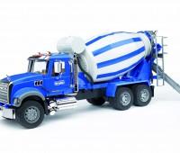 Mack Granite Truck met betonmixer   1