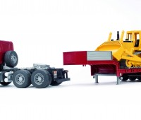 Scania dieplader en CAT bulldozer 2