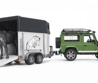 Land Rover Defender met paardentrailer 2