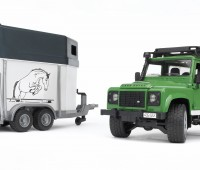 Land Rover Defender met paardentrailer 3