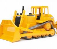 CAT bulldozer met rupsbanden 2