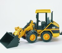 CAT minishovel met knikbesturing 3
