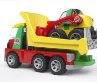 Transport vrachtwagen en minishovel 2