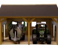 Houten schuur voor 2 tractoren  2