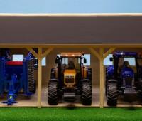 Houten schuur voor 3 tractoren 1