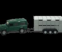 Groene Land Rover met Veetrailer 1