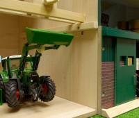 Tractorwerkplaats en schuur 3