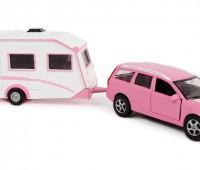 Volvo V70 roze met caravan 1