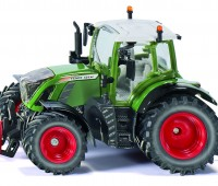 Fendt 724 Vario Tractor 1