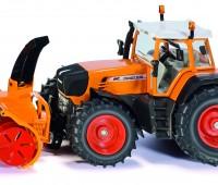 Fendt 930 tractor met sneeuwblazer 1