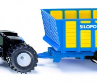 New Holland tractor met laadwagen 1