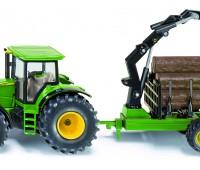 John Deere tractor met houttrailer 1