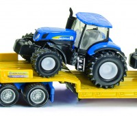 New Holland dieplader met 2 tractoren 1