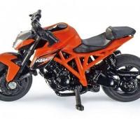 KTM 1290 Super Duke R motor 1