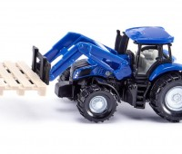 New Holland tractor met palletvork 1