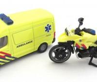 Ambulanceset NL met busje en motor 1