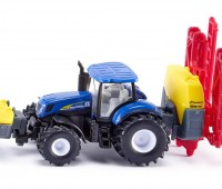 New Holland tractor met veldspuit 1