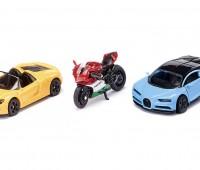 Set van 2 sportenwagens en 1 motor 1