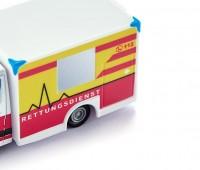 Ambulance/Rettungswagen 2