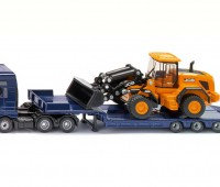 MAN vrachtwagen met JCB wiellader en dieplader 1