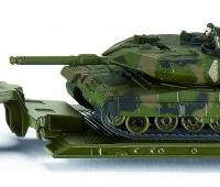 Dieplader met tank 1