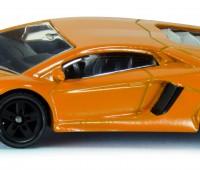 Lamborghini Aventador LP 700-4 sportauto 1