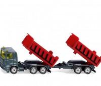 Vrachtwagen met kantelbare bak en kiepaanhanger 1