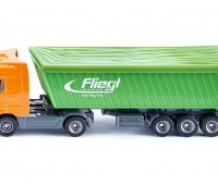 Mercedes-Benz vrachtwagen met trailer 1