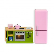 Keuken met keukenblok en koelkast