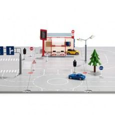 Set met grondplaten, accessoires en 3 autos