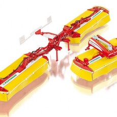 Pottinger Novacat V10 triple maaier