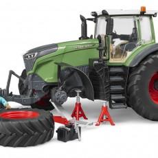 Fendt 1050 tractor met monteur