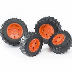Vier oranje tractorbanden 3000 serie