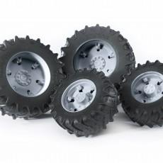 Vier grijze tractorbanden 3000 serie
