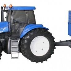 New Holland T8040 met voorlader en aanhanger