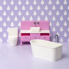 Badkamermeubel met bad en toilet