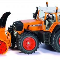 Fendt 930 tractor met sneeuwblazer
